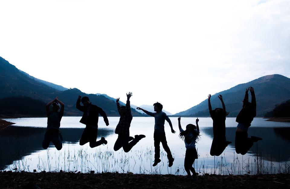 Sociedades adultocéntricas: sobre sus orígenes y reproducción