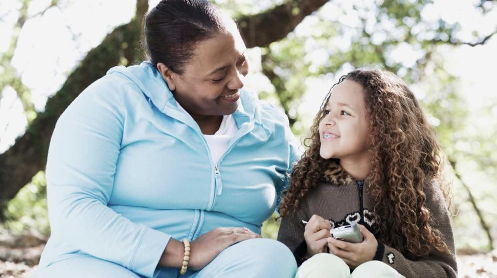 Crianza con Ternura – Tejiendo relaciones de amor con los niños y niñas